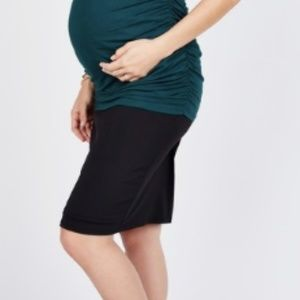 Noir Maternity